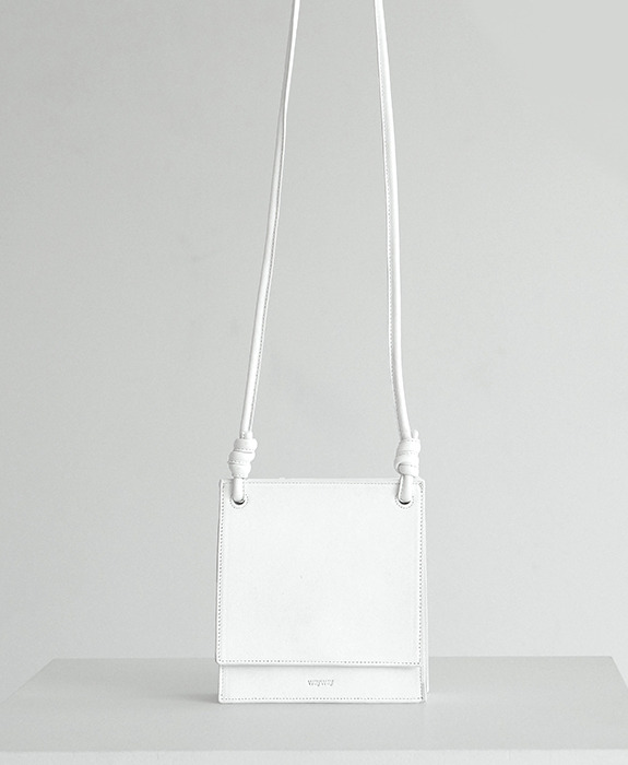 [웨이웨이] Square Bag - White