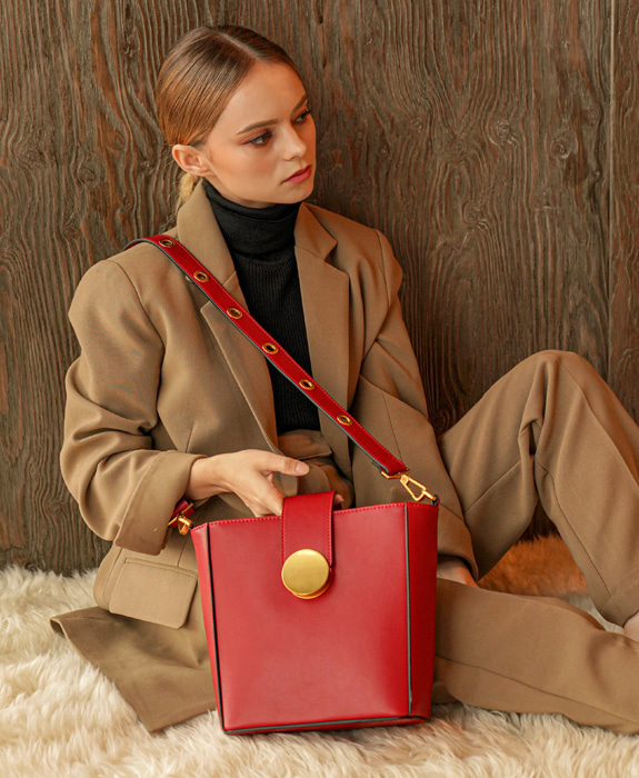 [뤼에르] Flur Shoulder Bag - Red