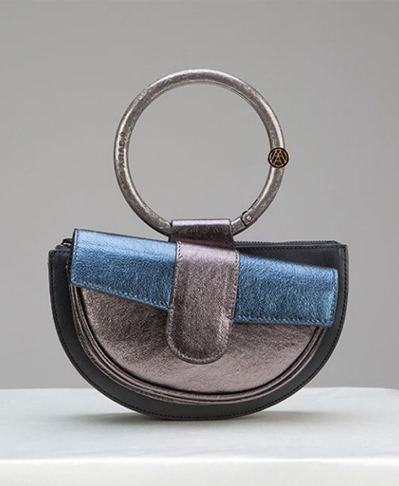 [아라크나인] ENVY BELT BAG- Silver navy
